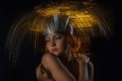 Portret van topless meisje in een gemengd licht Stock Foto