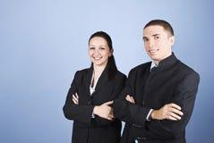 Portret van twee bedrijfs jonge mensen Stock Foto's