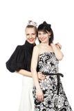 Portret van twee gelukkige, lachende meisjes Royalty-vrije Stock Foto's