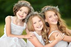 Portret van twee jonge meisjes Stock Afbeelding