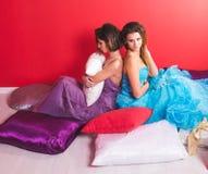 Portret van twee jonge sexy vrouwen Royalty-vrije Stock Foto's