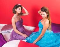 Portret van twee jonge sexy vrouwen Royalty-vrije Stock Foto