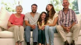 Portret van uitgebreide familie stock footage