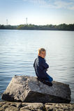 Portret van vissende jongen Stock Foto