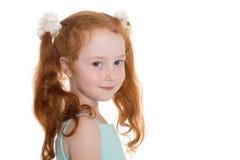 Portret van vrij rood haired meisje stock afbeeldingen