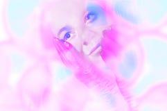 Portret van vrouw het dromen royalty-vrije stock foto