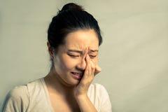 Portret van vrouw het schreeuwen Stock Foto