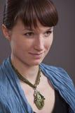 Portret van vrouw met amulet royalty-vrije stock fotografie