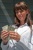 Portret van vrouw met dollars royalty-vrije stock afbeeldingen