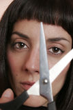 Portret van vrouw met schaar Stock Foto