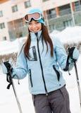 Portret van vrouwelijke skiër Stock Foto's