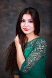 Portret van zigeunermeisje Stock Afbeeldingen