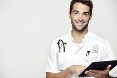 Portret w połowie dorosły lekarka zdjęcia royalty free