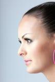 Portret w profilu ładna dziewczyna fotografia royalty free