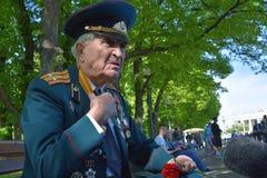 Portret weteran wojenny, mówi zaludniać obrazy stock