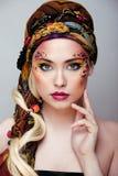 Portret współczesna szlachcianka z twarzy sztuki kreatywnie zakończeniem up Zdjęcie Royalty Free