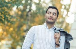Portret wspaniały młody latynoski mężczyzna zdjęcie stock