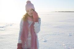 Portret wzorcowa pozycja przy zima nadmorski Zdjęcie Royalty Free