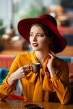 Portret zmysłowa młoda dziewczyna fotografia royalty free