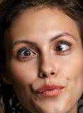 Portret zmysłowa piękna młoda kobieta z makeup na jej p Obraz Stock