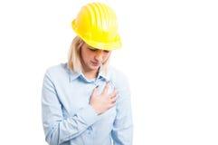 Portreta żeński inżynier ma ataka serca Zdjęcia Stock