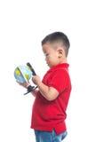 Portreta dziecka mienia ziemi kuli ziemskiej azjatykcia mapa w jego ręce Zdjęcia Stock