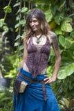 Portreta hipisa piękna dziewczyna w naturze, zamyka up Zdjęcie Royalty Free