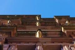 Portretten op de het kasteelmuren Duitsland van Heidelberg stock afbeeldingen