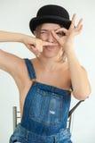 Porträt der recht jungen lustigen Frau Stockbild