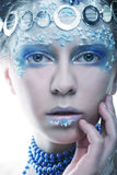 Porträt der Winterkönigin mit künstlerischem Make-up Lokalisiert auf Whit Stockfoto