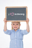 Porträt des Kindes Tafel halten Stockfotografie