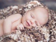 Porträt des netten lächelnden Babys Lizenzfreie Stockfotografie