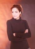 Porträt einer eleganten dunkelhaarigen Frau Lizenzfreies Stockfoto