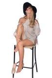Porträt einer schönen Blondine im Retrostil Stockfotografie