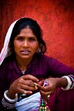 Porträt einer schönen indischen Frau Julian Bound Stockfotos