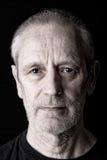 Porträt eines ernsten und überzeugten Mannes Lizenzfreie Stockbilder