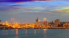Portsida av Algeciras i skymning Royaltyfri Foto