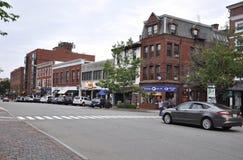Portsmouth, el 30 de junio: Calle histórica del congreso de Portsmouth céntrica en New Hampshire de los E.E.U.U. Foto de archivo libre de regalías