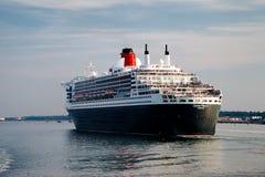Portsmouth, het UK, 9 September, 2014 - Queen Mary II-schip stock fotografie