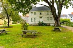 PORTSMOUTH, NH, Etats-Unis - 30 septembre 2012 : Strawbery Banke est un musée extérieur d'histoire Images libres de droits