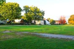 PORTSMOUTH NH, USA - September 30, 2012: Strawbery Banke är ett utomhus- historiemuseum royaltyfria bilder