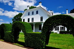 Portsmouth, RI: Brayton Home and Topiary Hedge Stock Images
