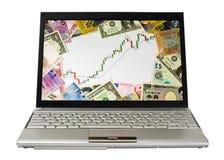Portátil que mostra a carta do mercado de touro Fotografia de Stock