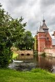 Porttornet av den Commandery slotten på Sint-Pieters-Voeren, Belgien royaltyfri fotografi