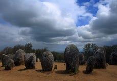 Portugal, Alentejo Gebied, Evora Chromlech van bevindende het granietstenen van Almendres royalty-vrije stock afbeelding