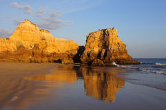 Portugal, Algarve, Portimão, Praia do Vau. Sandy beach and cliffs. Stock Photography