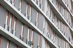 Portugal. Hoog flatgebouw stock foto