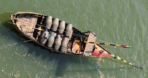 Portugal, Porto; barco do vinho de Porto fotos de stock