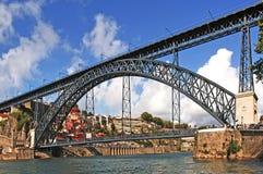 Portugal, Porto; Brücke D.Luis lizenzfreie stockfotos