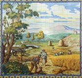 portugal Typisches historisches keramisches ` azulejo ` deckt die Schilderung von den Landarbeitern mit Ziegeln, die Ernten ernte Lizenzfreies Stockfoto
